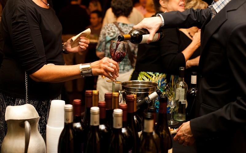 Как избежать дорогостоящих ошибок при покупке вина в ресторанах