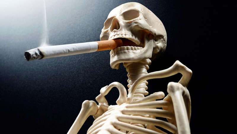Рак горла провоцирует курение