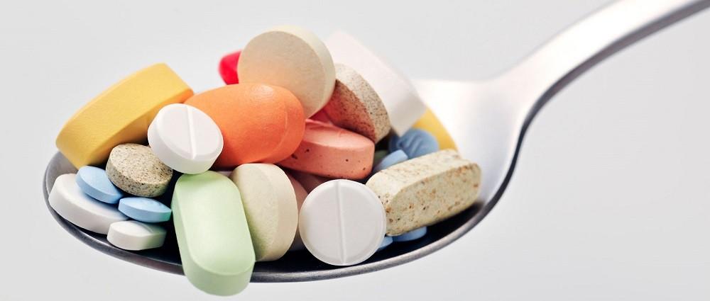 лекарства и витамины, содержащие глютен