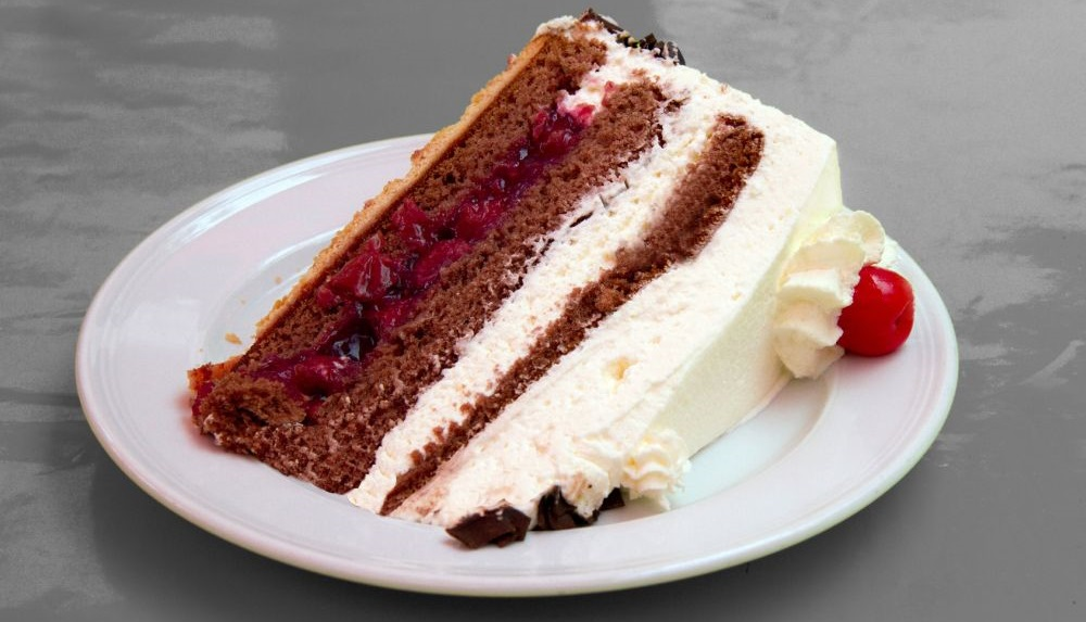Фото шоколадного торта «Черный лес»
