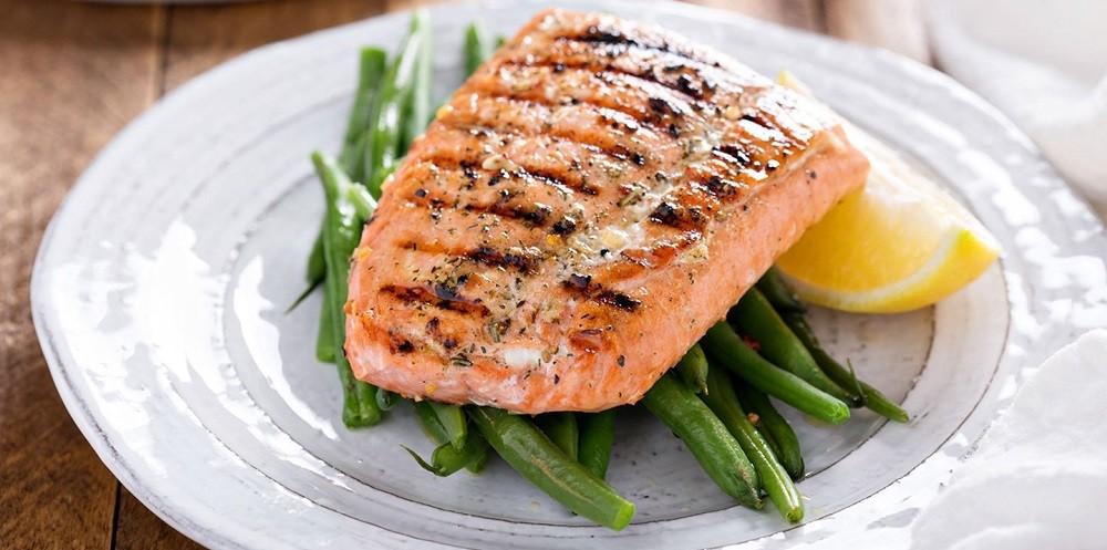 Рыбий жир при артрите можно потреблять из жирных видов рыб