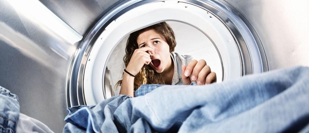 Запах в стиральной машине: как избавиться