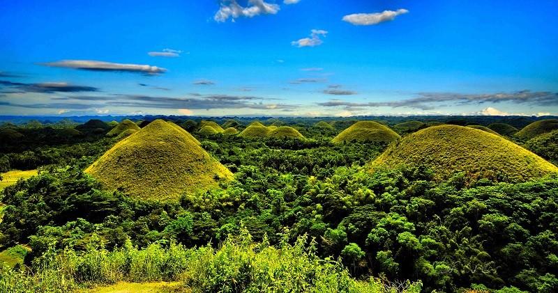 Шоколадные холмы острова Бохол, Филиппины