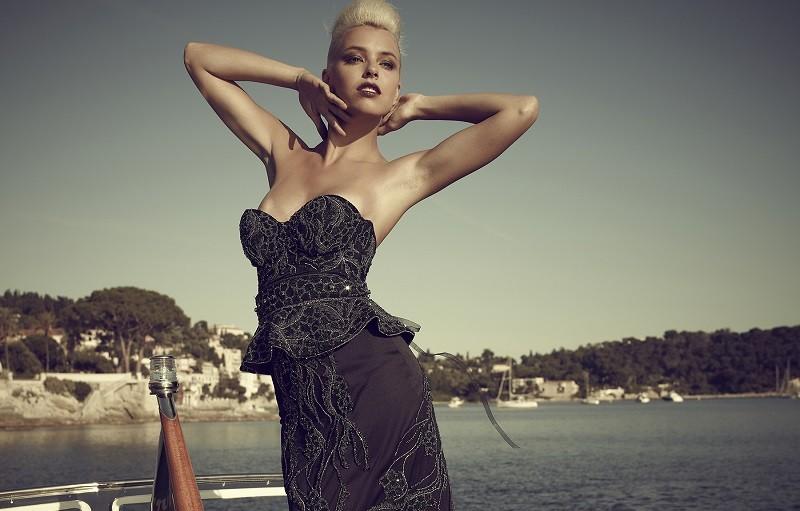 Платье с бриллиантами от Дебби Вингхем