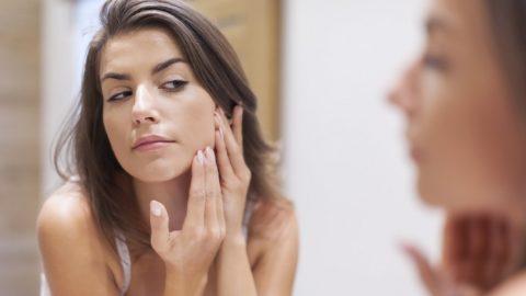 Повышенный тестостерон у женщин: причины, симптомы, лечение