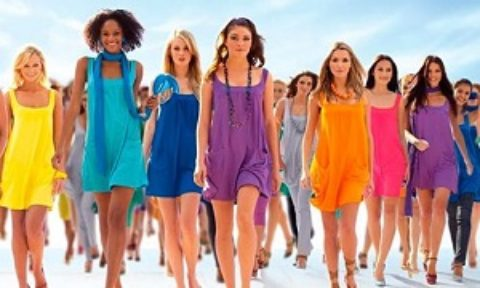 Тест для девушек: какой цвет одежды вам подойдет?