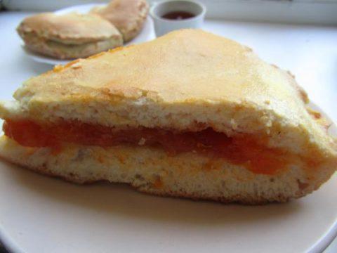 Пирог с курагой: рецепт с фото пошагово