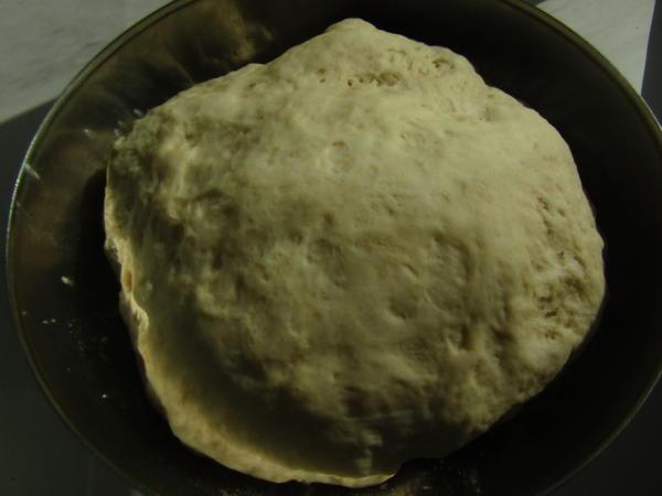 Приготовление теста для пирога, шаг 2