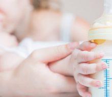 Искусственное вскармливание новорожденного ребенка: минусы и плюсы, подбор смесей