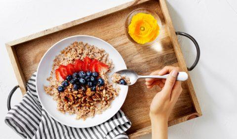 Регулярный завтрак поможет не набирать вес