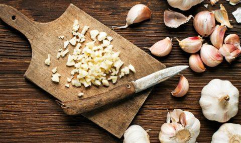 Чеснок снижает артериальное давление и полезен для сердца