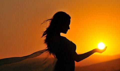 Витамин D существенно снижает риск ранней менопаузы