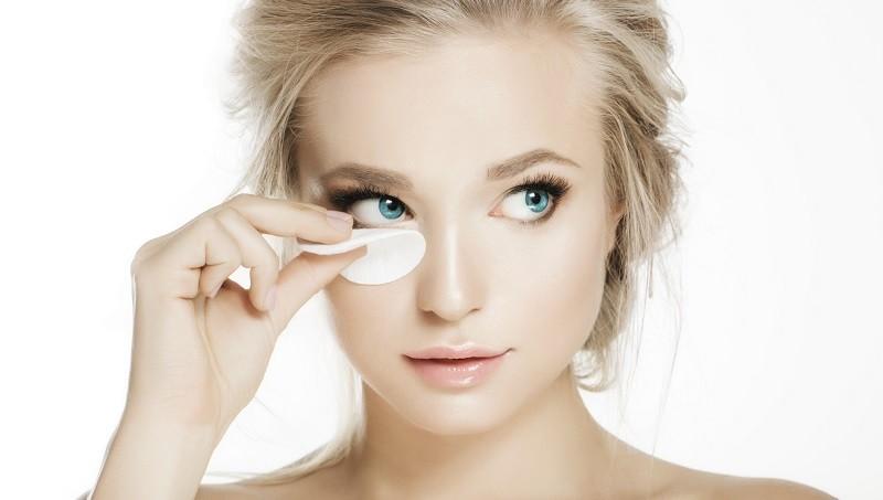 Уход за ресницами - как снимать макияж
