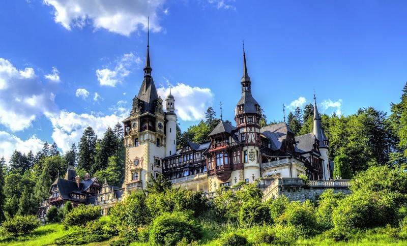 Замок Пелеш в Румынии, фото снаружи