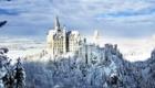 Замок Нойшванштайн снаружи в зимнее время