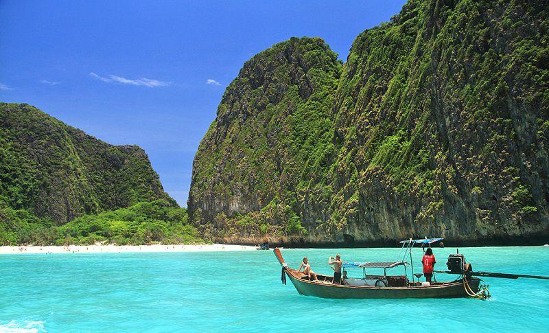 Таиланд, бухта Майя Бэй, пляж Фи-Фи