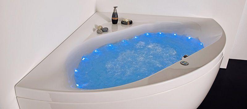 Угловая акриловая ванна с подсветкой