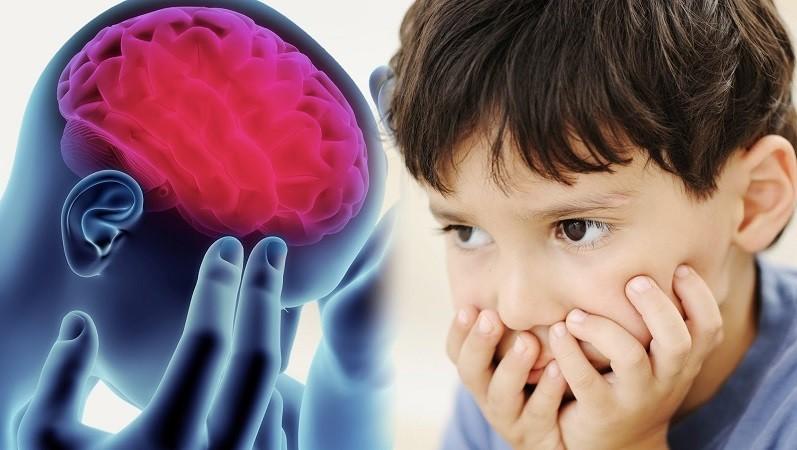 Что способствует развитию аутизма у ребенка