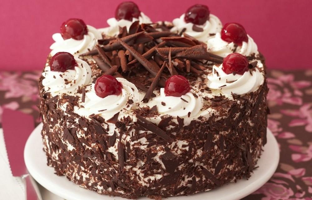 Шоколадный торт «Черный лес» по рецепту пошагово