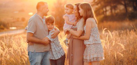 Родители, как правило, любят детей своего пола