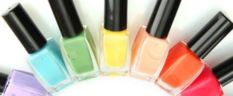 Лак для ногтей изобилует токсинами, которые поглощает организм