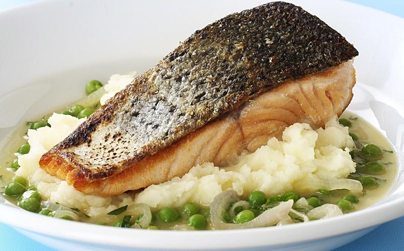 Пользя кожи лосося