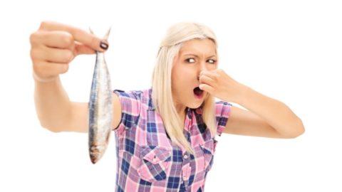 Почему моча пахнет рыбой у женщин и мужчин